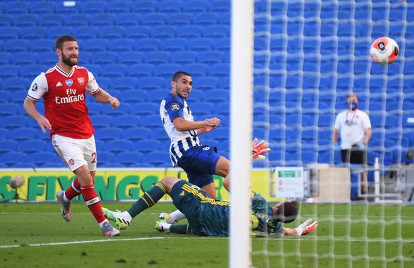 Thua ngược Brighton phút cuối, Arsenal cạn hi vọng vào tốp 4 - Ảnh 3.