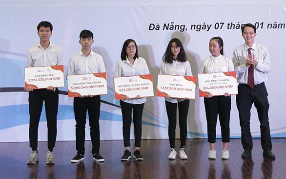 Duy Tân: Đại học ngoài công lập trong top 500 Châu Á - Ảnh 5.