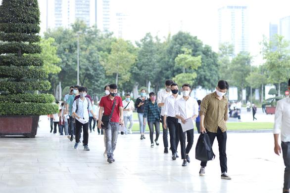 Samsung Việt Nam tuyển lao động quy mô lớn - Ảnh 1.