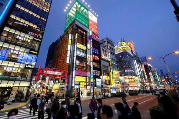 Thủ đô Tokyo khôi phục hoàn toàn các hoạt động kinh doanh - Ảnh 1.