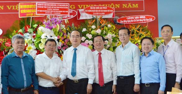 Lãnh đạo TP.HCM thăm cơ quan báo chí nhân Ngày báo chí cách mạng Việt Nam - Ảnh 1.