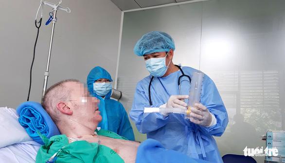 Bệnh viện Chợ Rẫy đề xuất phương án đưa bệnh nhân 91 về nước - Ảnh 1.