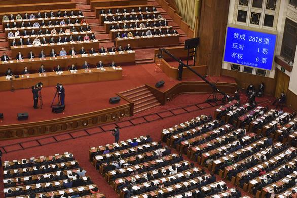 Luật an ninh quốc gia của Trung Quốc sẽ đè các luật mâu thuẫn của Hong Kong - Ảnh 1.