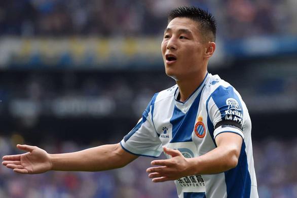 Thảm bại trên sân nhà, Espanyol và Ronaldo của Trung Quốc nhiều nguy cơ xuống hạng - Ảnh 1.