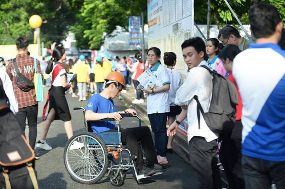 Trường ĐH đem hàng hot tới ngày hội tư vấn tuyển sinh - Ảnh 2.