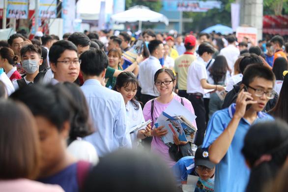 Trường ĐH đem hàng hot tới ngày hội tư vấn tuyển sinh - Ảnh 17.
