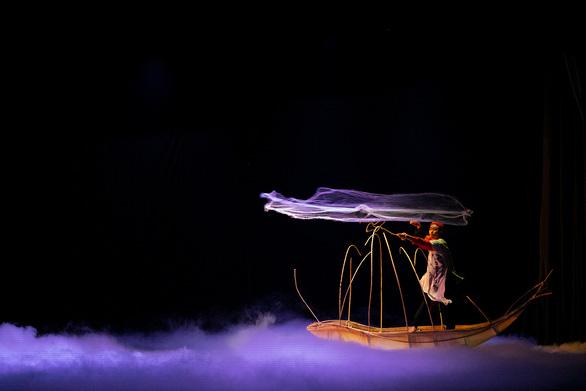 Ballet Kiều đêm công diễn: Ấn tượng nhưng vẫn kỳ vọng chiều sâu hơn - Ảnh 1.
