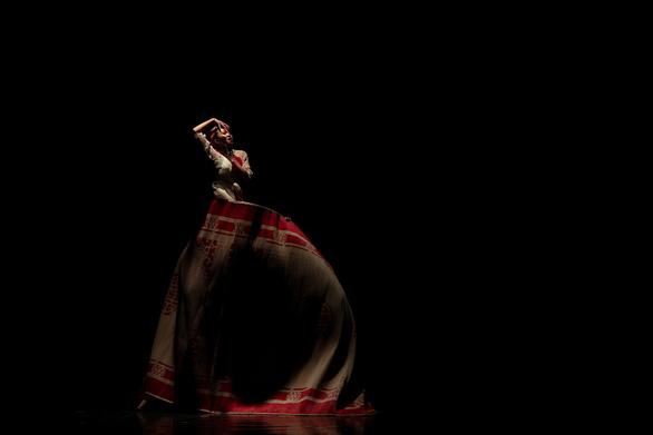 Ballet Kiều đêm công diễn: Ấn tượng nhưng vẫn kỳ vọng chiều sâu hơn - Ảnh 10.