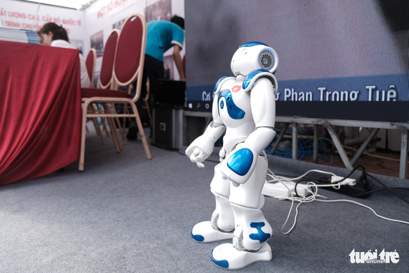 Robot thông minh, thầy đồ cùng dự Ngày hội tư vấn tuyển sinh 2020 - Ảnh 2.