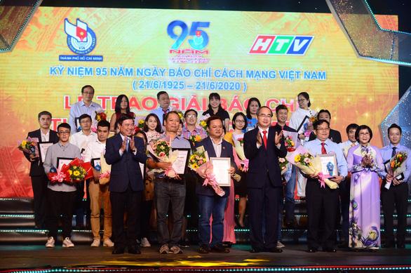 Báo Tuổi Trẻ đoạt 8 giải báo chí TP.HCM lần thứ 38 - Ảnh 6.