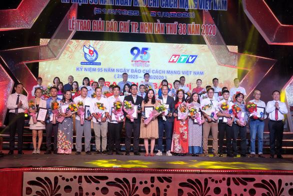 Báo Tuổi Trẻ đoạt 8 giải báo chí TP.HCM lần thứ 38 - Ảnh 1.