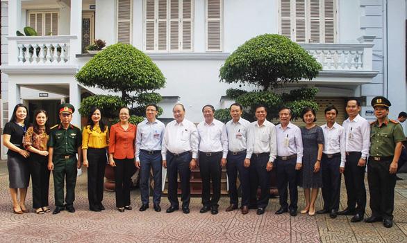 Thủ tướng Nguyễn Xuân Phúc: Chống dịch tốt mà đình đốn các mặt là chưa thành công - Ảnh 2.