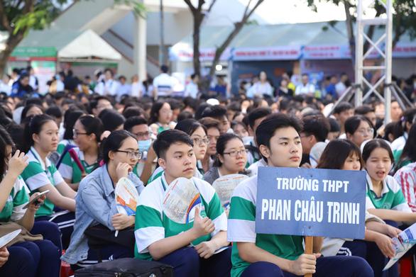 Học phí ngành y các trường ĐH tại Đà Nẵng có tăng không? - Ảnh 1.