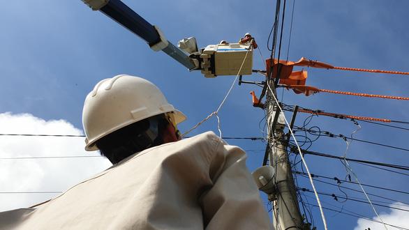 Khách hàng suýt té xỉu khi xài điện thường 200-300 kWh/tháng, bỗng tháng 6 lên 18.274 kWh - Ảnh 1.