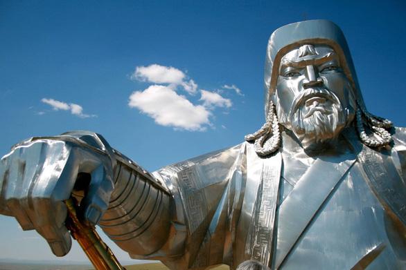 Dân Mông Cổ tự hào có ít ca mắc COVID-19 nhờ sự che chở của Thành Cát Tư Hãn - Ảnh 6.