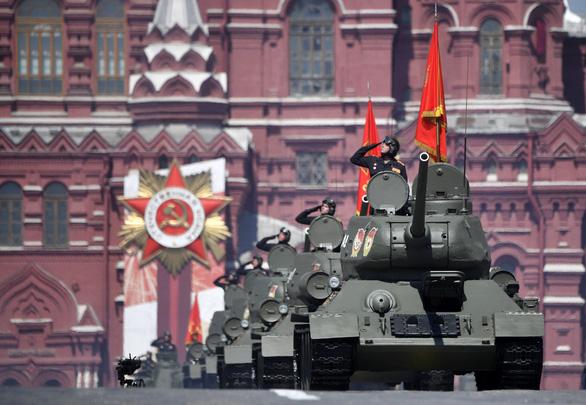 Nga phô diễn vũ khí trong duyệt binh lớn mừng 75 năm Ngày Chiến thắng - Ảnh 9.