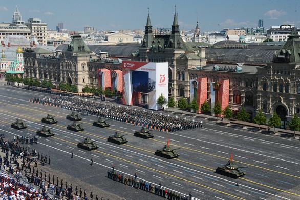 Nga phô diễn vũ khí trong duyệt binh lớn mừng 75 năm Ngày Chiến thắng - Ảnh 10.