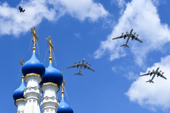 Nga phô diễn vũ khí trong duyệt binh lớn mừng 75 năm Ngày Chiến thắng - Ảnh 5.