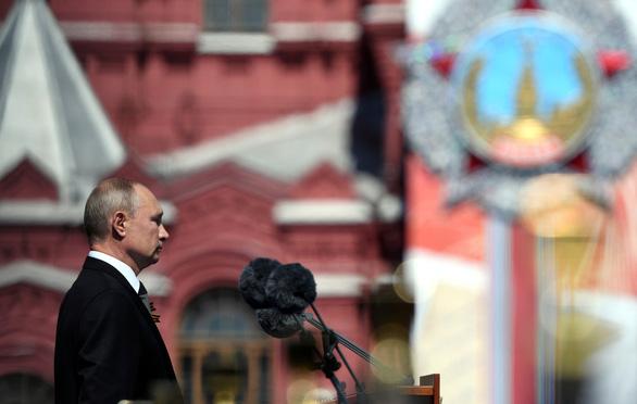 Nga phô diễn vũ khí trong duyệt binh lớn mừng 75 năm Ngày Chiến thắng - Ảnh 11.