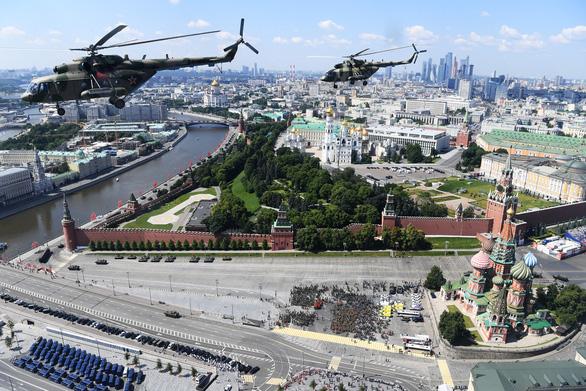 Nga phô diễn vũ khí trong duyệt binh lớn mừng 75 năm Ngày Chiến thắng - Ảnh 8.