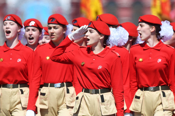Nga phô diễn vũ khí trong duyệt binh lớn mừng 75 năm Ngày Chiến thắng - Ảnh 13.