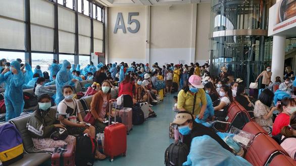 Đưa thêm gần 700 công dân Việt Nam từ Nhật Bản, Đài Loan về nước - Ảnh 1.