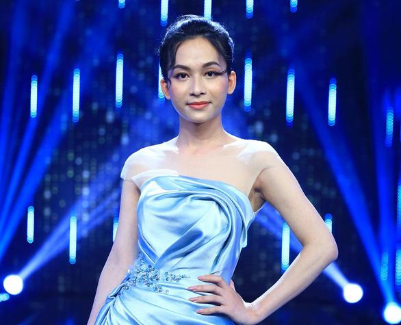 Trấn Thành, Hương Giang gây tranh cãi vì nói 'người chuyển giới nữ chỉ yêu đàn ông' - Ảnh 1.