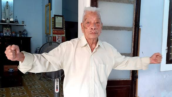Chuyện chưa kể của nhiếp ảnh gia 102 tuổi - Ảnh 1.