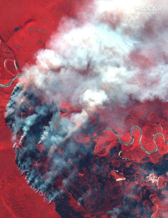Cháy rừng bất thường ở Bắc Cực, lo khí nhà kính tăng vọt - Ảnh 4.