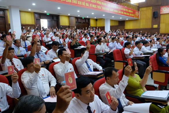Phó bí thư Quảng Ngãi chỉ đạo đại hội huyện dù bí thư Lê Viết Chữ có mặt - Ảnh 3.
