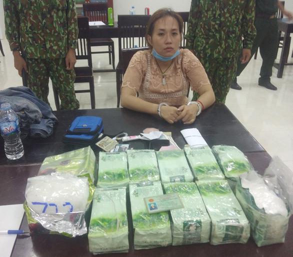 Khởi tố 5 bị can vận chuyển, mua bán gần 35kg ma túy từ Campuchia - Ảnh 2.