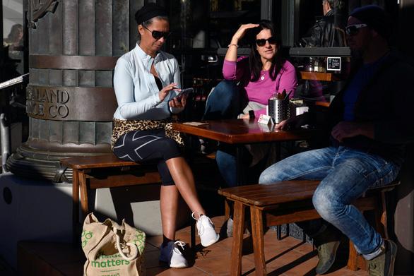 Reuters đánh giá du lịch Việt Nam hồi phục tốt hơn New Zealand - Ảnh 2.