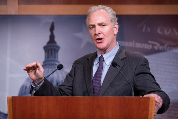 Thượng viện Mỹ thông qua luật trừng phạt cá nhân Trung Quốc làm suy yếu Hong Kong - Ảnh 1.