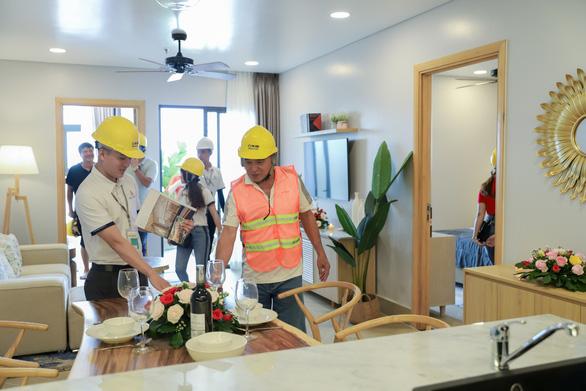 Gần 300 khách hàng tham quan trải nghiệm nhà mẫu khu căn hộ 'resort' Aquamarine - Ảnh 2.