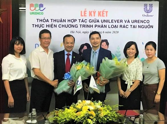 Unilever và URENCO hợp tác triển khai phân loại rác tại nguồn ở Hà Nội - Ảnh 2.