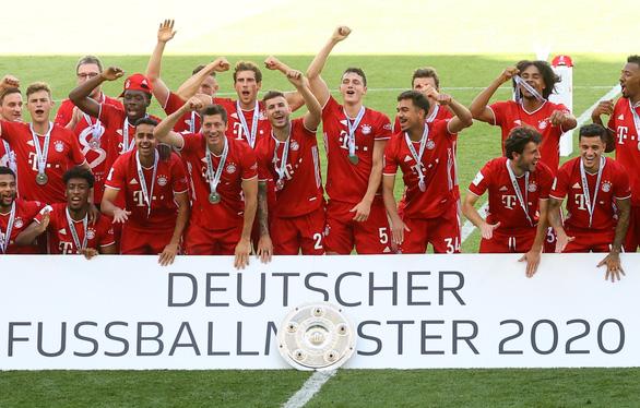 Bayern Munich đăng quang trong lặng lẽ - Ảnh 7.