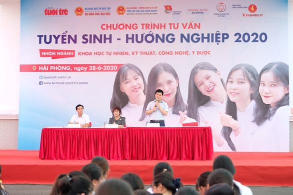 Sáng nay báo Tuổi Trẻ tư vấn tuyển sinh tại Cần Thơ, Hải Phòng: Khám phá ngành nghề, săn tìm cơ hội - Ảnh 7.