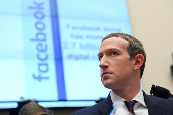 Ông chủ Facebook mất hơn 7 tỉ USD vì bị tẩy chay quảng cáo - Ảnh 1.