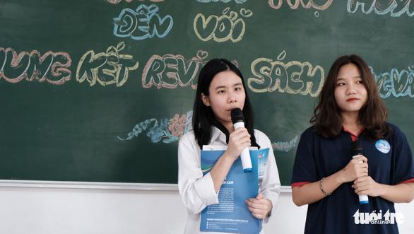 Buổi họp phụ huynh đặc biệt: MC song ngữ, cô giáo thành khách mời - Ảnh 4.