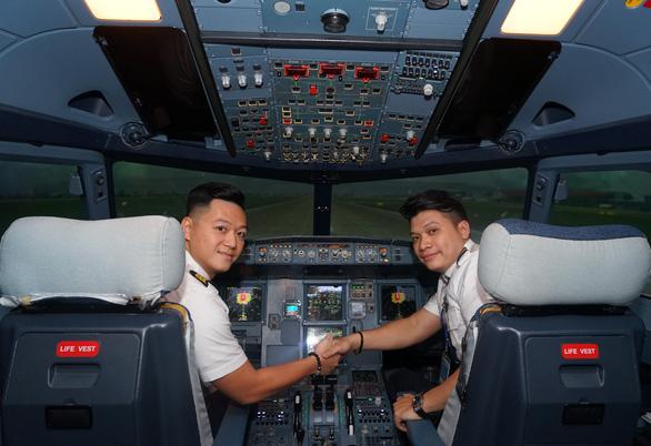 Vụ 27 phi công Pakistan làm việc tại Việt Nam: 15 người đã hết hợp đồng hoặc về nước - Ảnh 1.