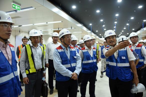 Phó thủ tướng Phạm Bình Minh thị sát tuyến metro Bến Thành - Suối Tiên - Ảnh 5.