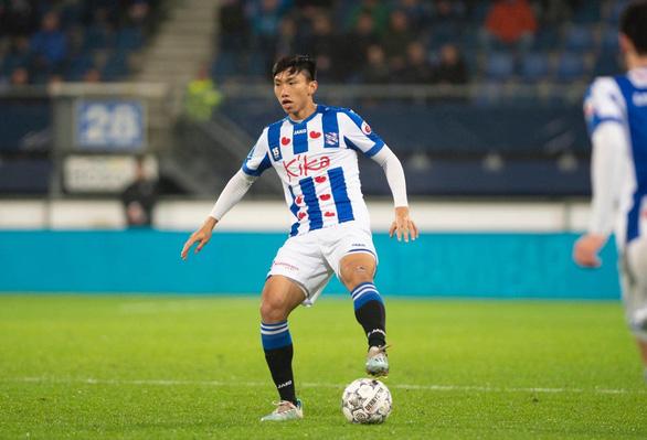 CLB Hà Nội muốn hỗ trợ tiền SC Heerenveen để trả lương cho Văn Hậu - Ảnh 1.