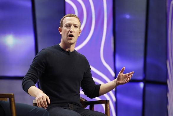Ông chủ Facebook tuyên bố không xóa các 'tút' của ông Trump như Twitter - Ảnh 1.