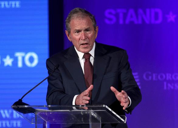 Cựu tổng thống George W. Bush: 'Hãy lắng nghe nỗi thống khổ của người Mỹ gốc Phi' - Ảnh 1.