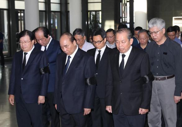 Tiễn đưa nguyên Chủ nhiệm Văn phòng Quốc hội Vũ Mão về nơi yên nghỉ - Ảnh 1.