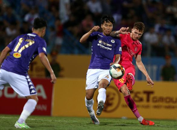Đánh bại Hà Nội, Sài Gòn tiếp tục bất bại tại V-League 2020 - Ảnh 2.
