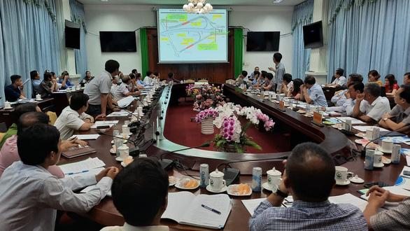 Sớm giao mặt bằng để khởi công cao tốc Mỹ Thuận - Cần Thơ vào tháng 11-2020 - Ảnh 1.
