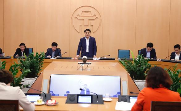 Lấy ý kiến nhân dân về tặng huân chương chống COVID-19 cho Chủ tịch Hà Nội - Ảnh 1.