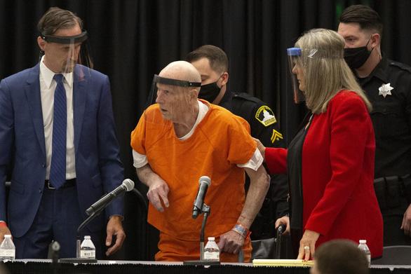 Kẻ giết 13 người và hãm hiếp hàng loạt nhận tội sau hơn 40 năm - Ảnh 1.