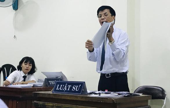 Tòa bác đơn của cựu hiệu trưởng Trường đại học Hoa Sen kiện UBND TP.HCM - Ảnh 1.